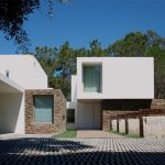 House in Meco / Jorge Mealha Architects