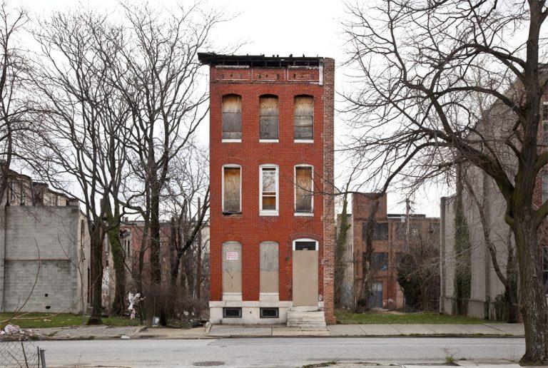 Last House Standing / Ben Marcin