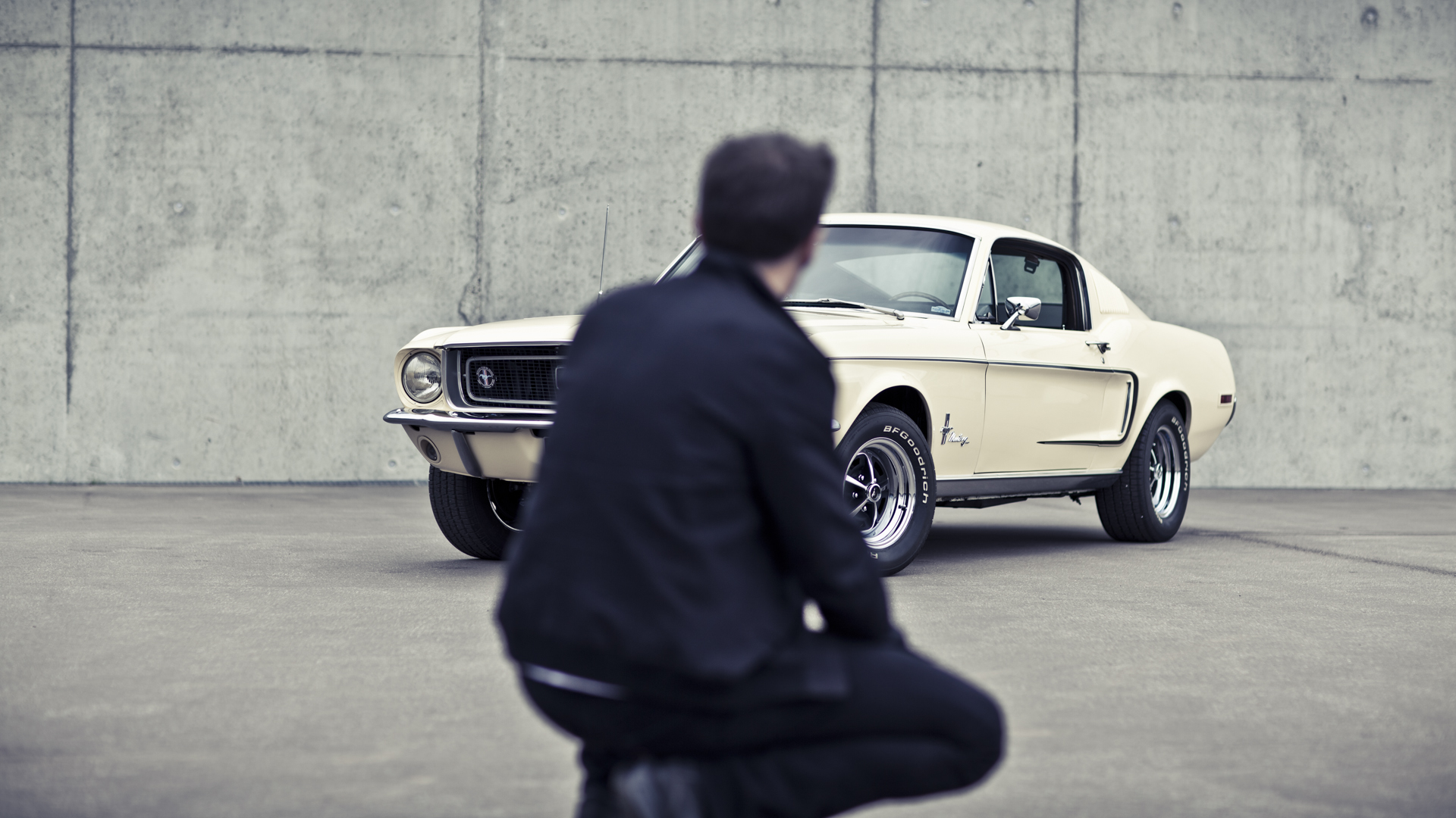 Pascal & his Ford Mustang / Laurent Nivalle (12)