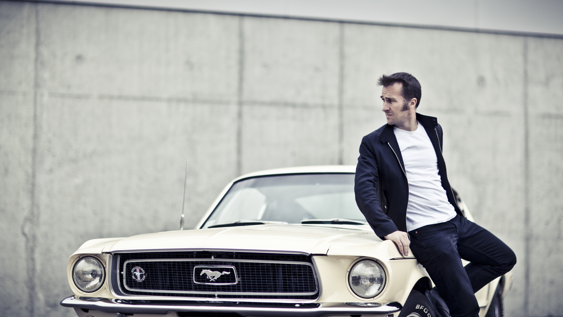 Pascal & his Ford Mustang / Laurent Nivalle (6)