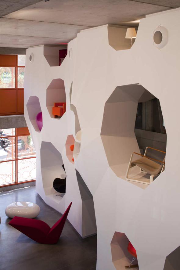 Le-cube-Jakob-Macfarlane-12