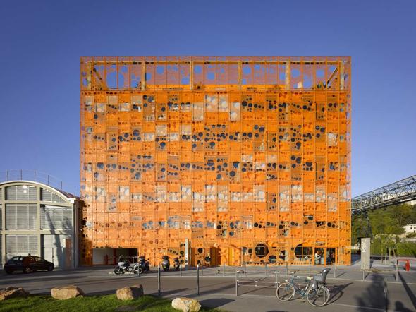 Le-cube-Jakob-Macfarlane-7