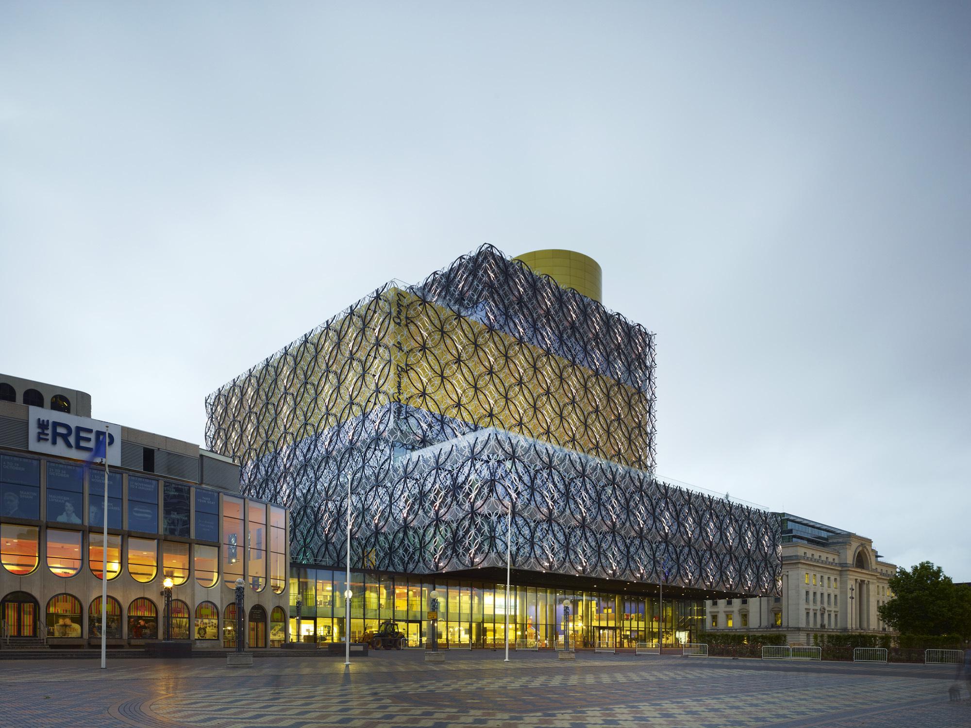 Library-of-Birmingham-Mecanoo-10.jpg