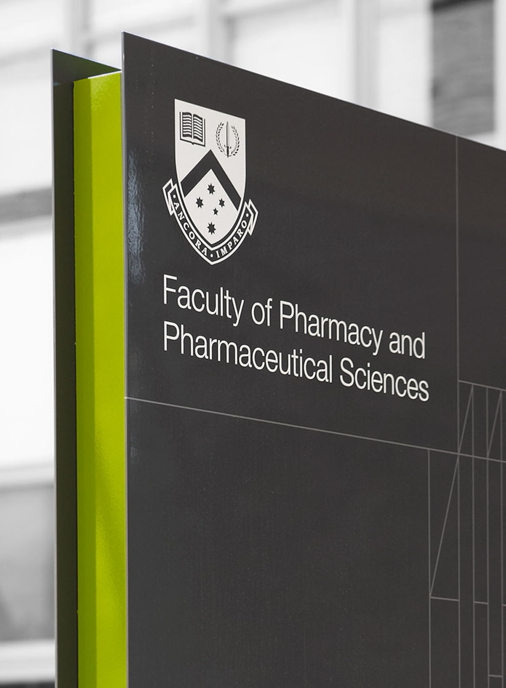 Monash Pharma Signage Program / Hofstede