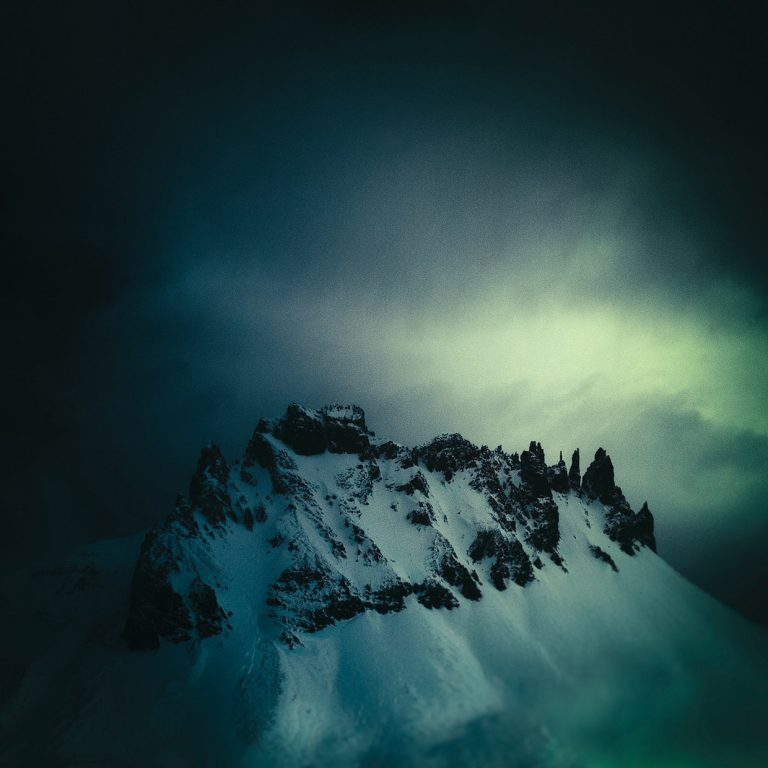 Peak a Blue / Andy Lee