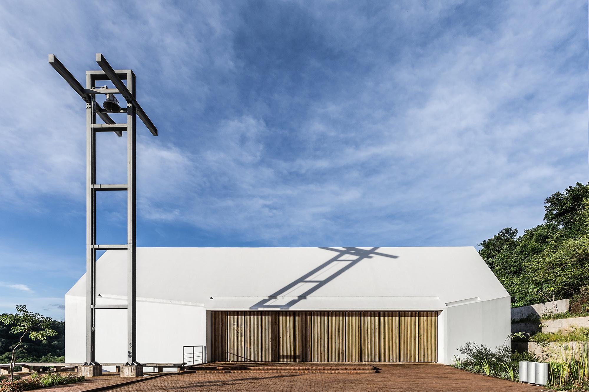 Saint Anne Chapel / Estudio Cella (17)