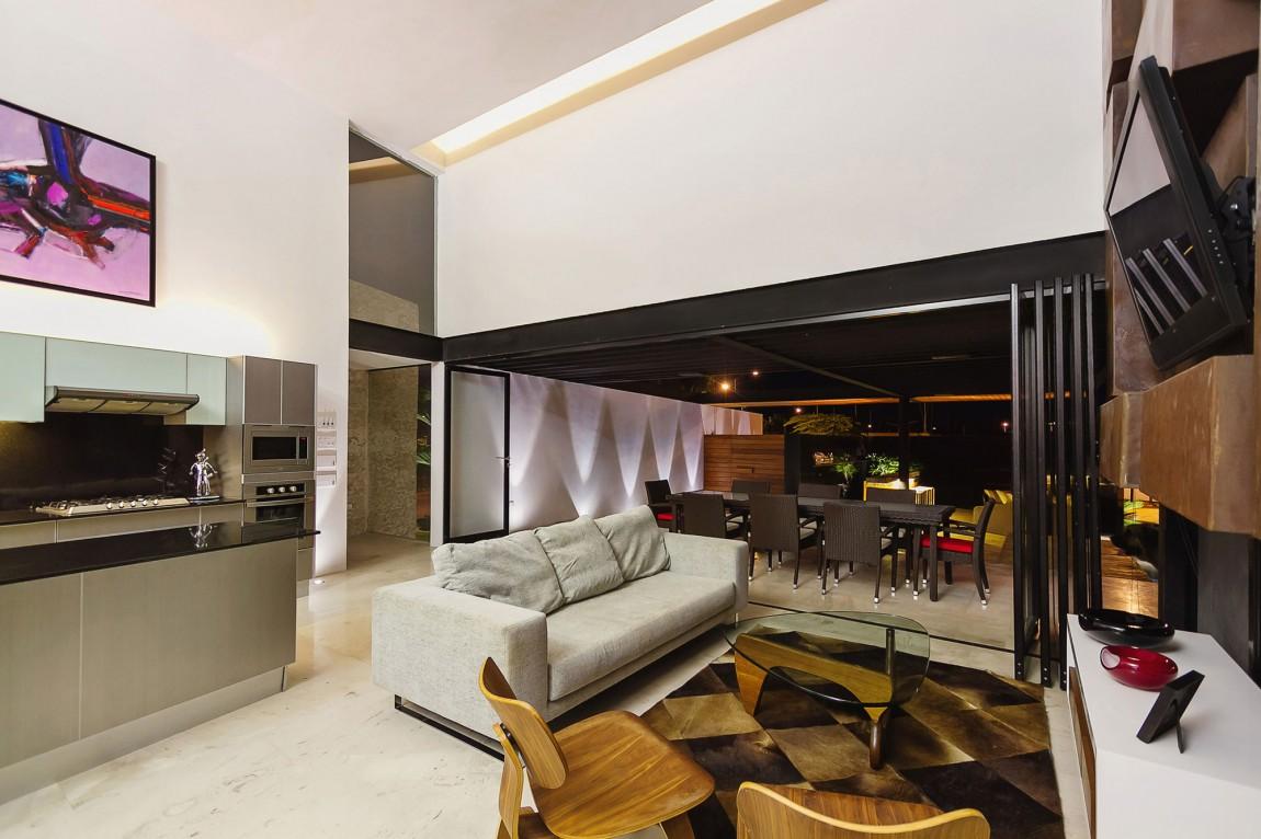 PL2 House / Seijo Peon (1)