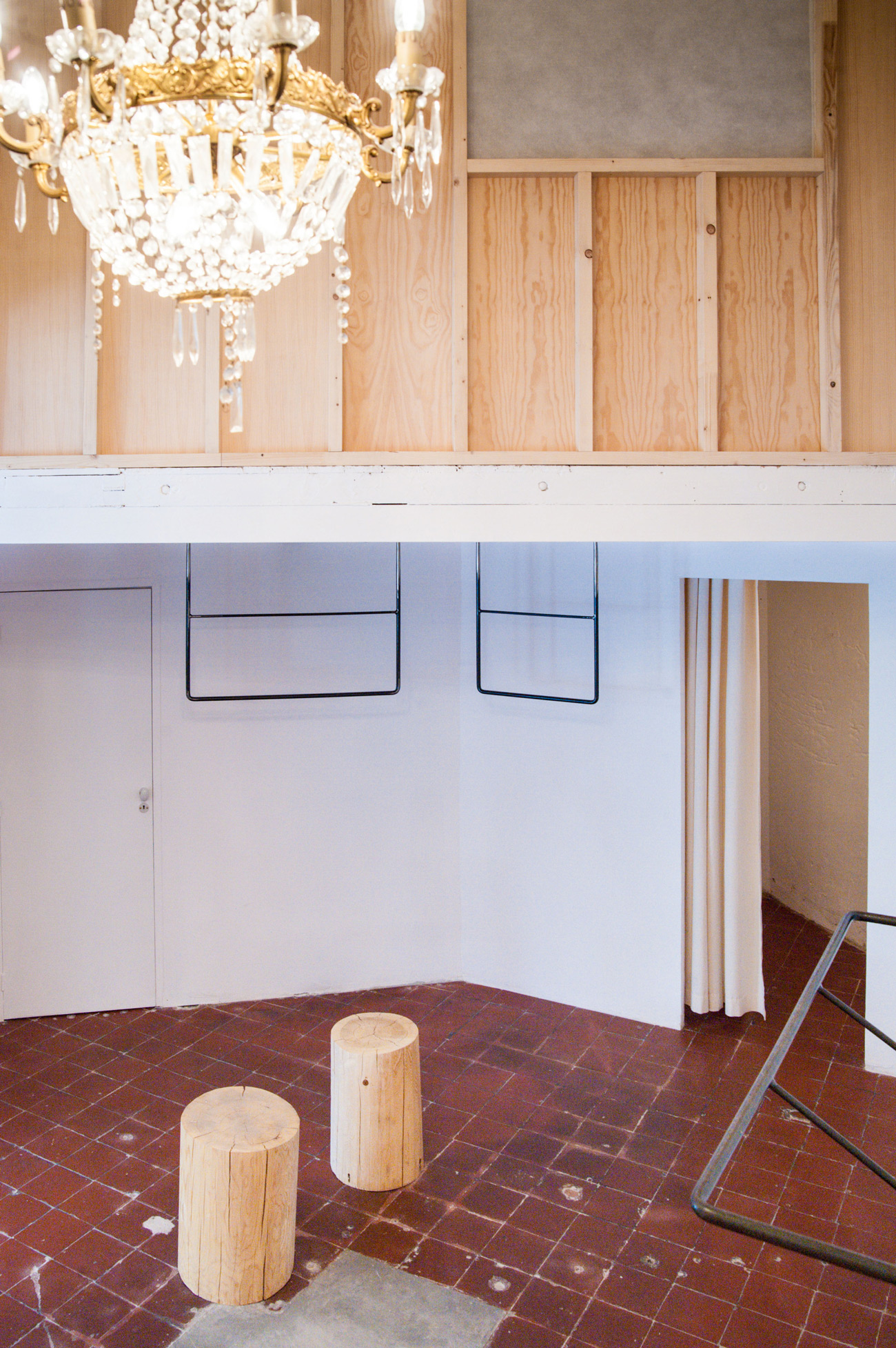 Shop and Exhibition Space in Marseille / Atelier M3a Architectes (5)