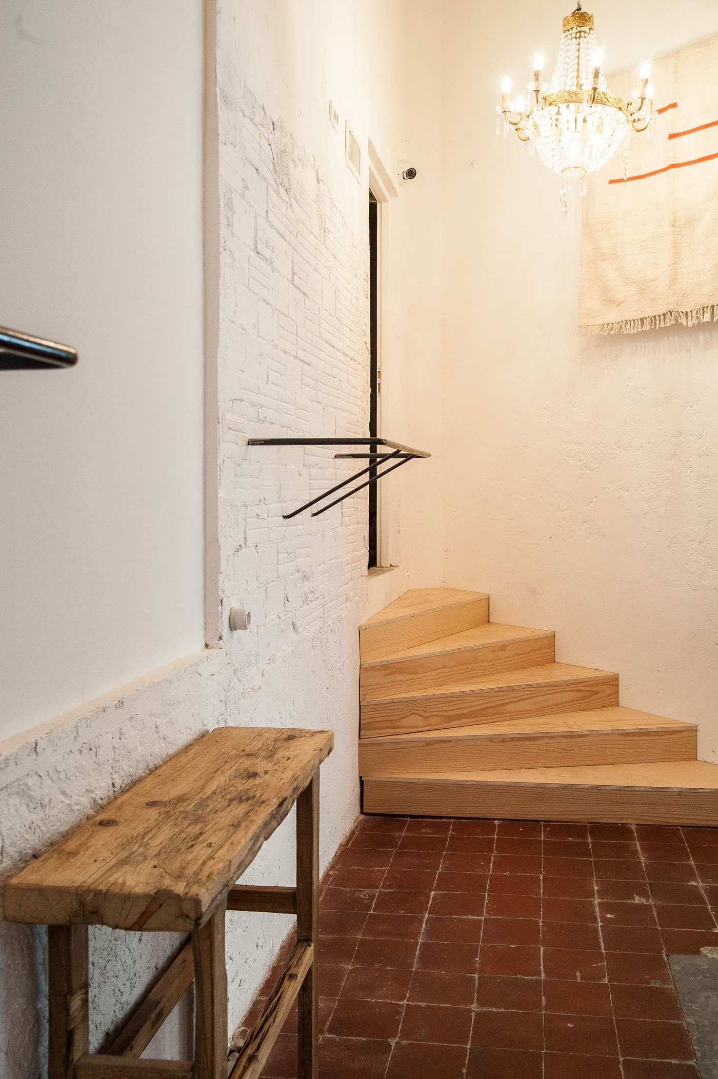 Shop and Exhibition Space in Marseille / Atelier M3a Architectes (3)