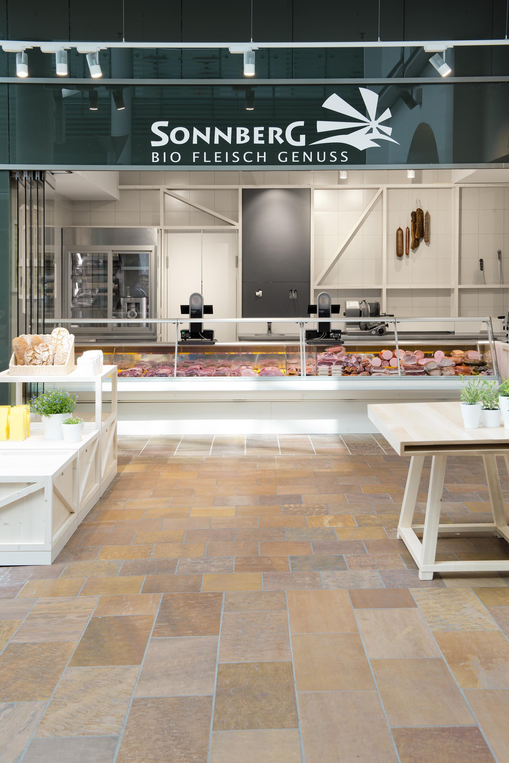 Sonnberg-March_Gut-7.jpg