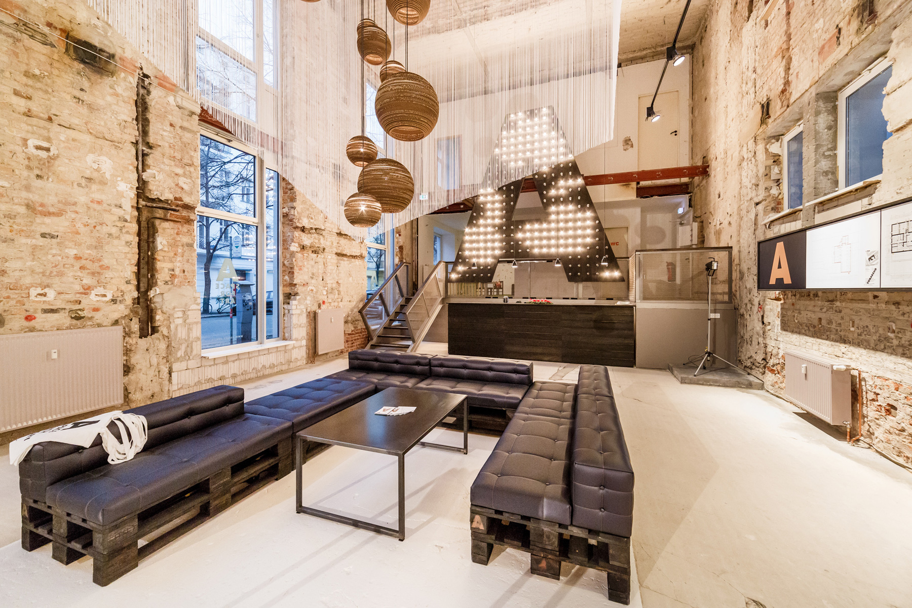 Space - Temporary Show / Plajer & Franz Studio (15)