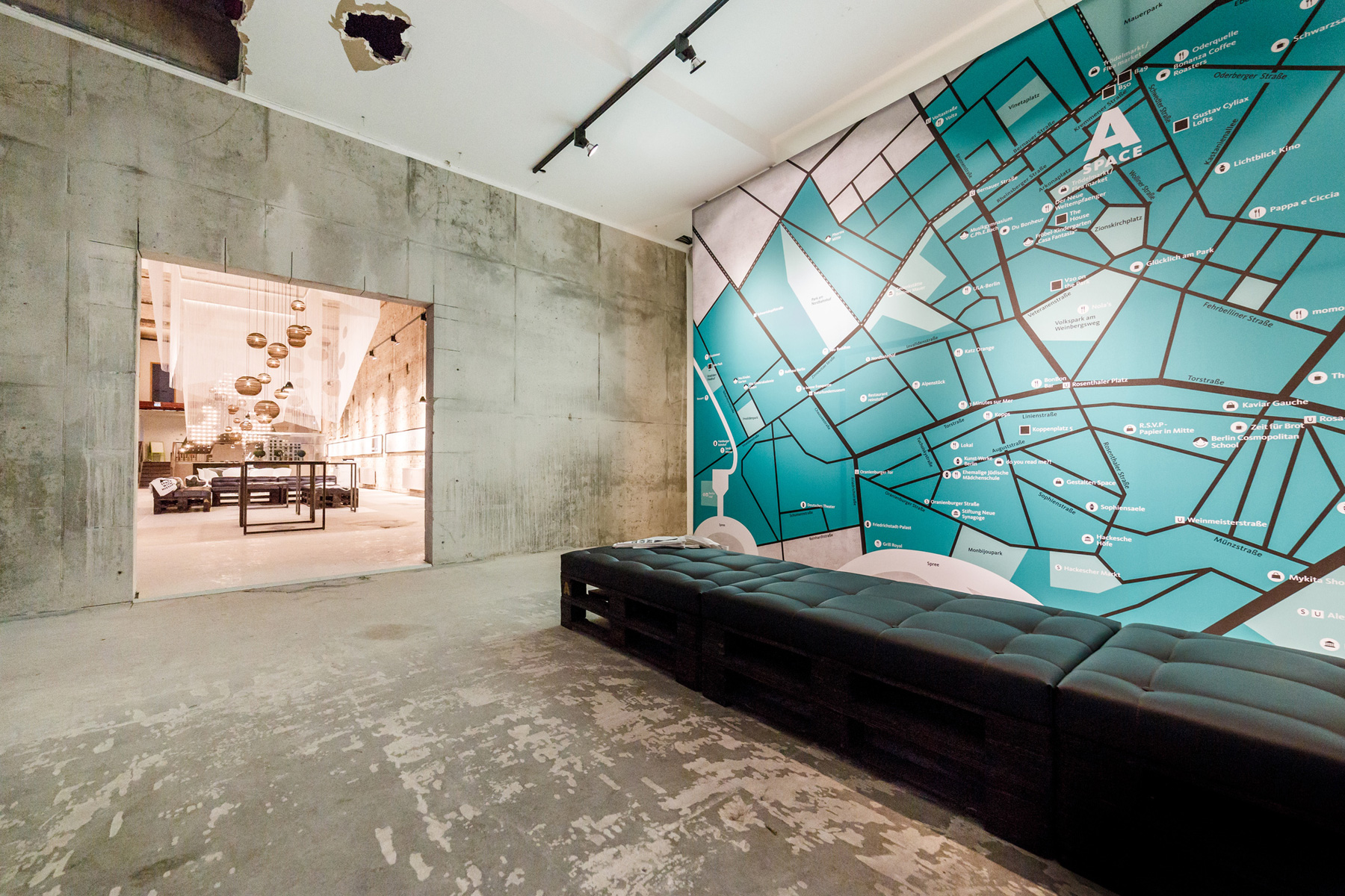 Space - Temporary Show / Plajer & Franz Studio (19)