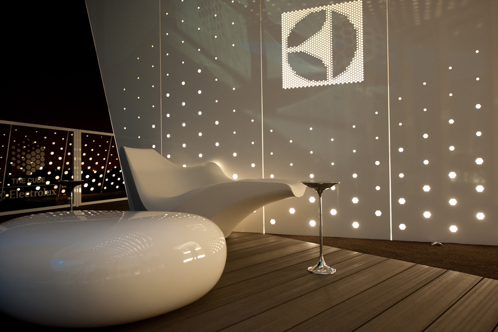 The-Electrolux-Cube-04
