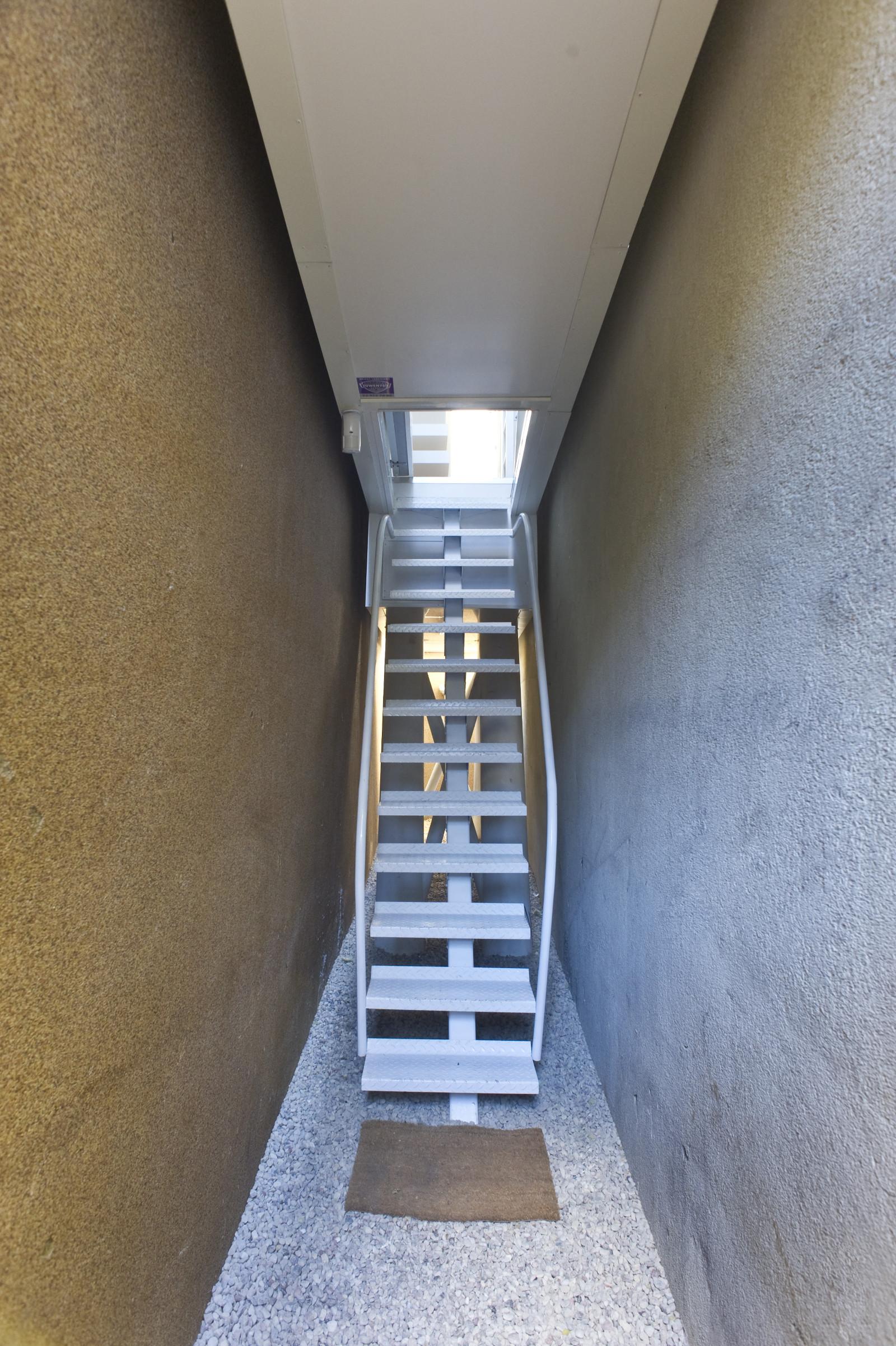 The Keret House / Jakub Szczesny