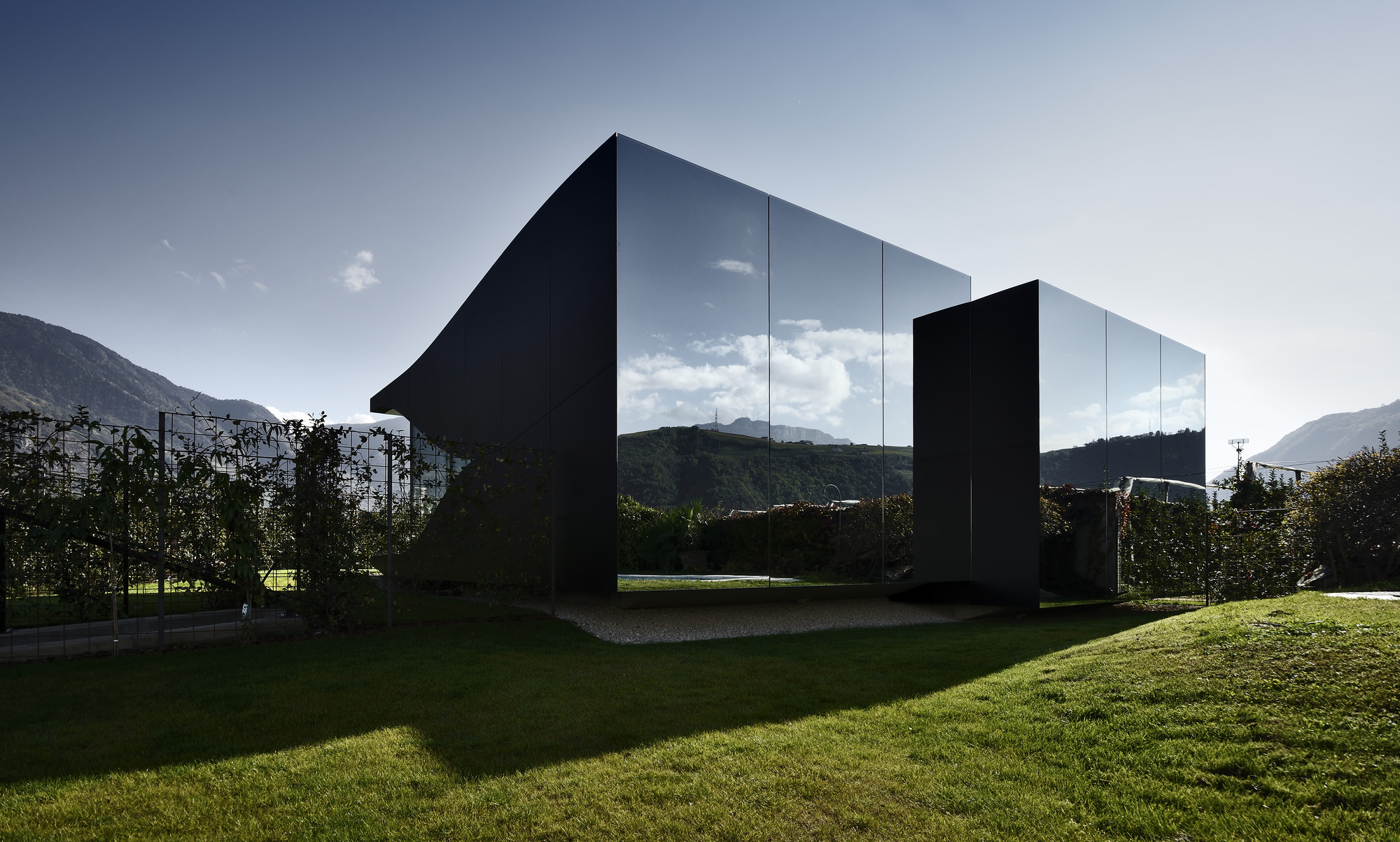 The Mirror Houses / Peter Pichler Architecture (9)