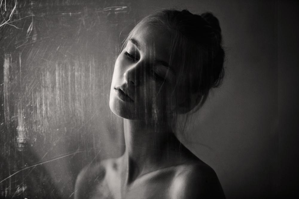 Through The Glass 1 / Marta Bevacqua (2)