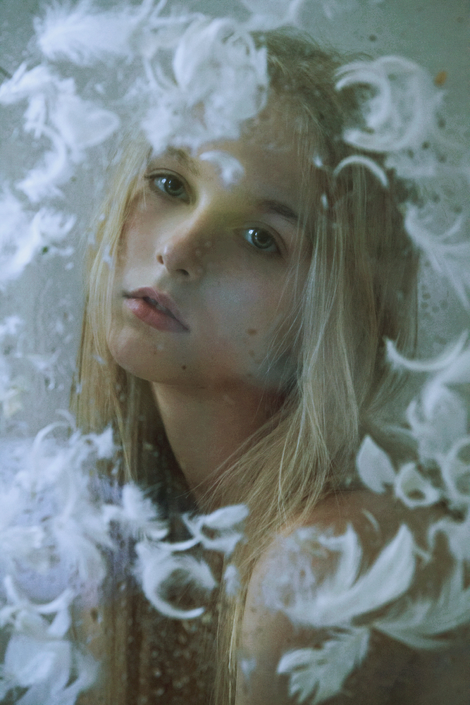 Through The Glass 1 / Marta Bevacqua (1)