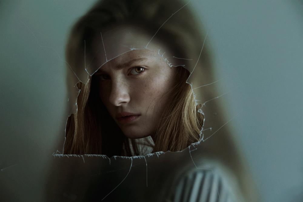Through The Glass 1 / Marta Bevacqua (13)