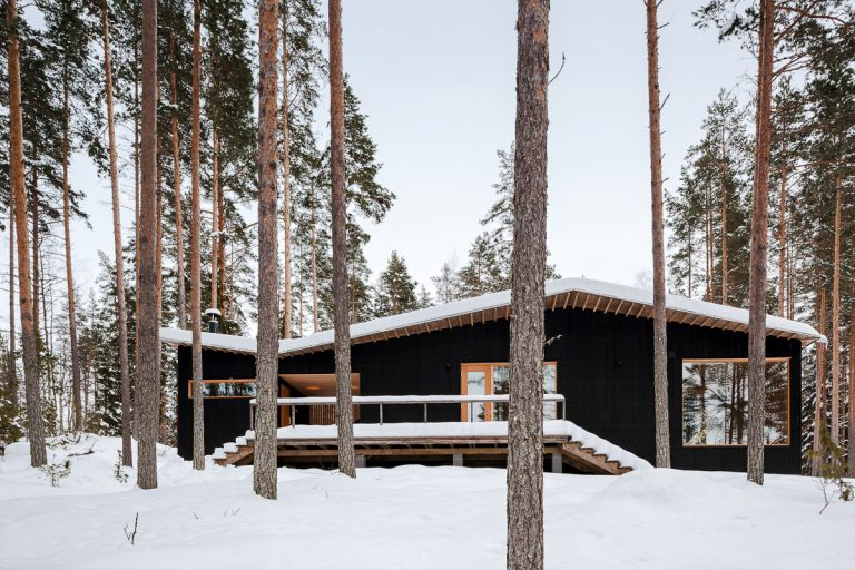 Villa Kettukallio / Playa Architects
