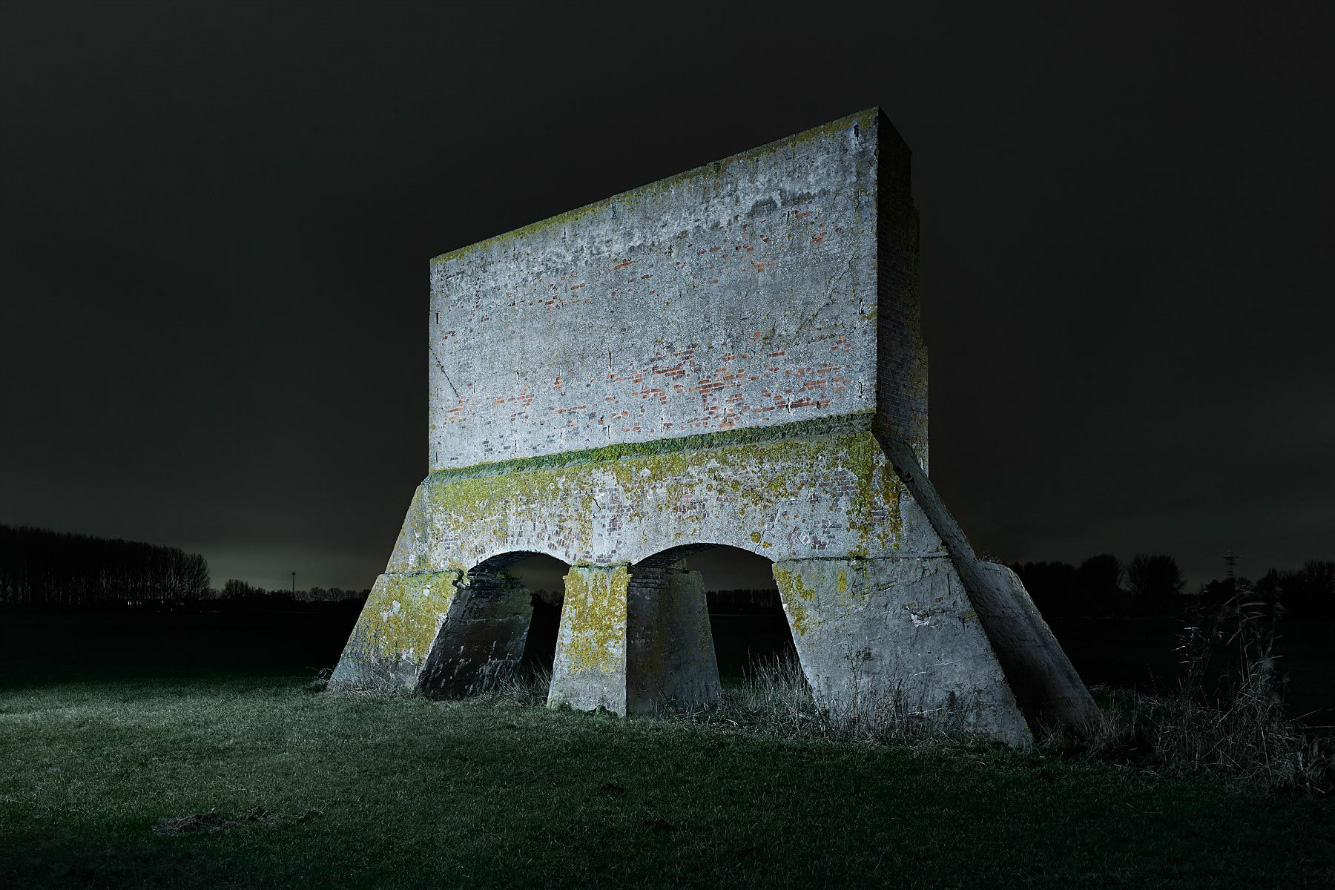 WW2 Bunkers / Jonathan Andrew (12)