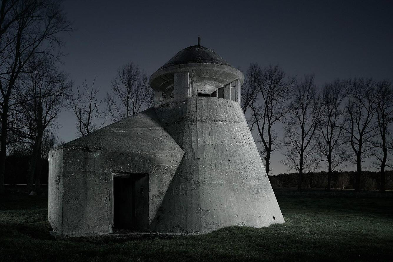 WW2 Bunkers / Jonathan Andrew (4)