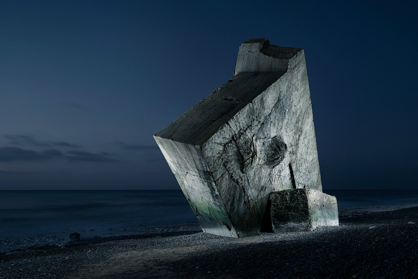 WW2 Bunkers / Jonathan Andrew (15)