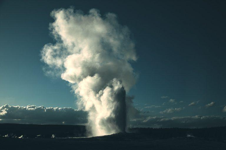 Yellowstone / Tim Navis
