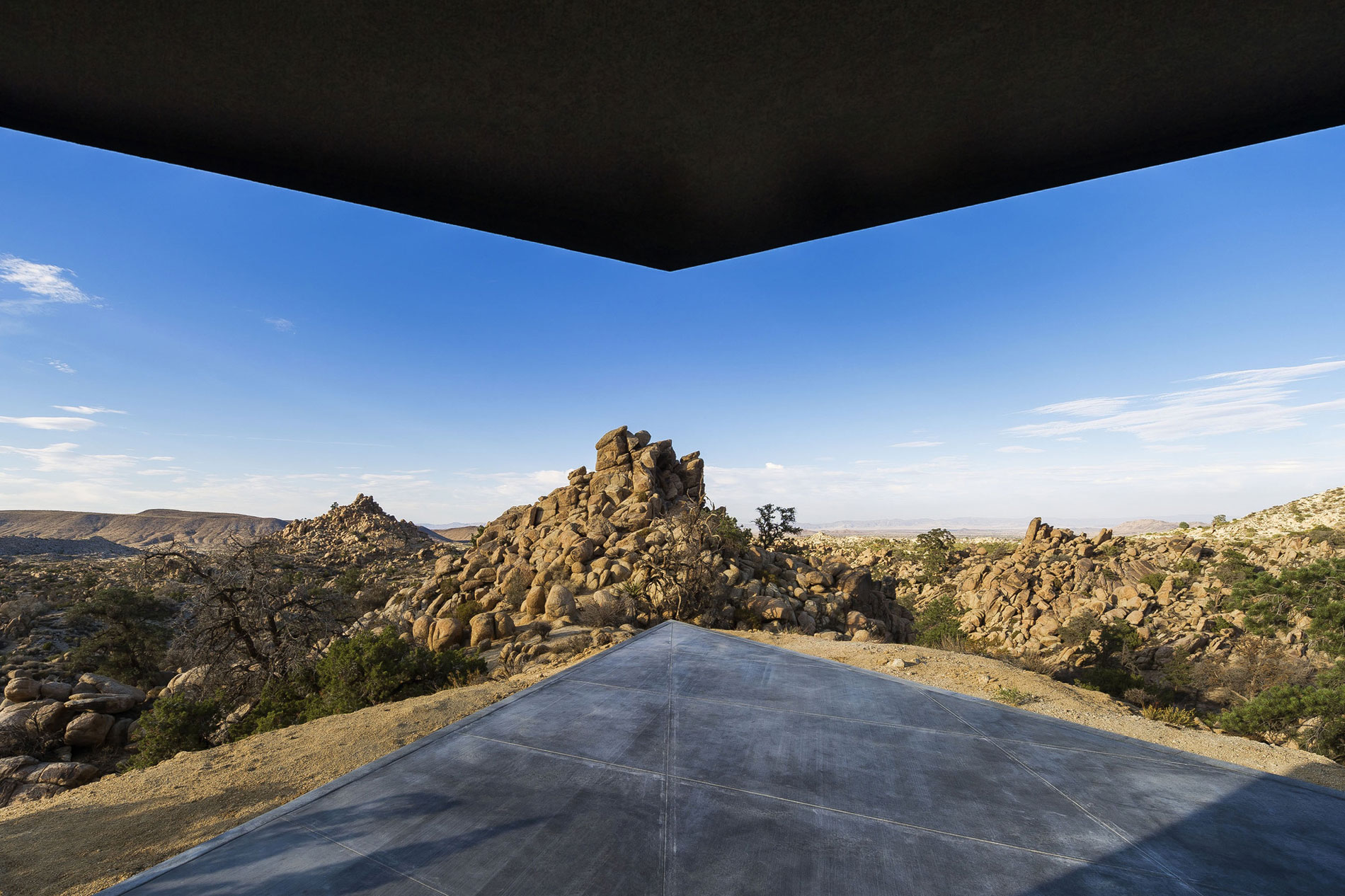 Yucca Valley House 3 / Oller Pejic Architecture (15)