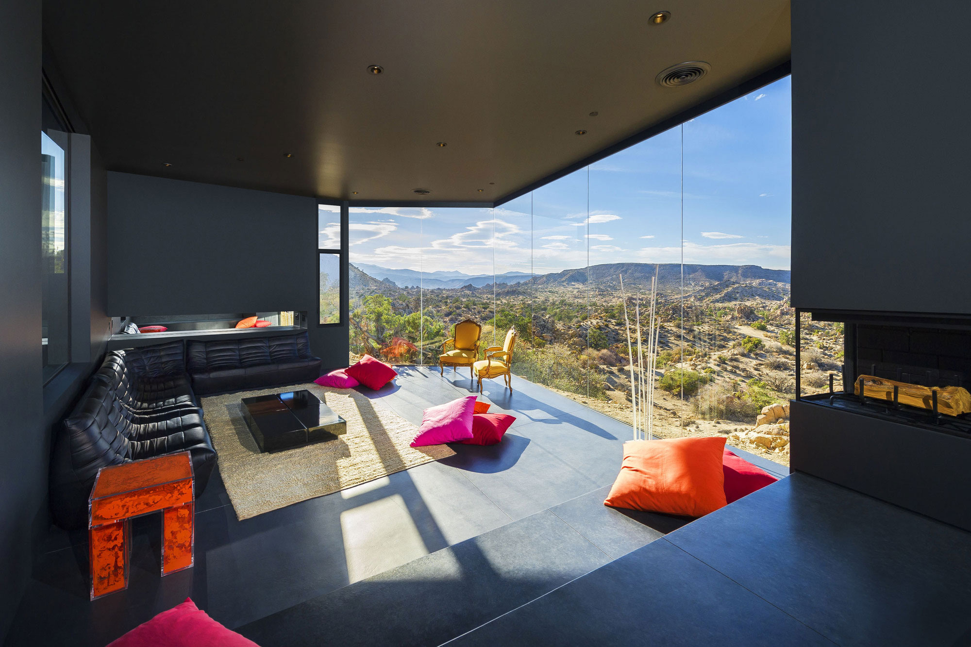 Yucca Valley House 3 / Oller Pejic Architecture (9)
