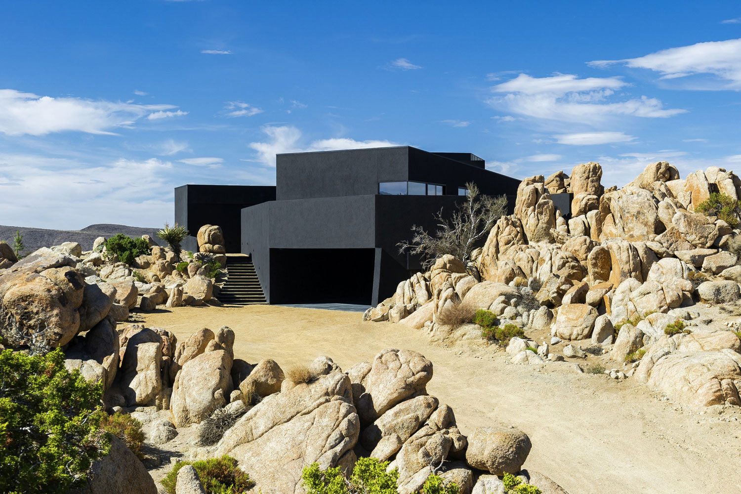 Yucca Valley House 3 / Oller Pejic Architecture (24)