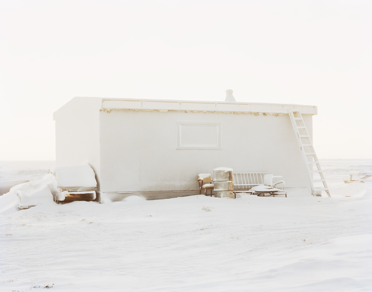 Barrow Cabins / Eirik Johnson