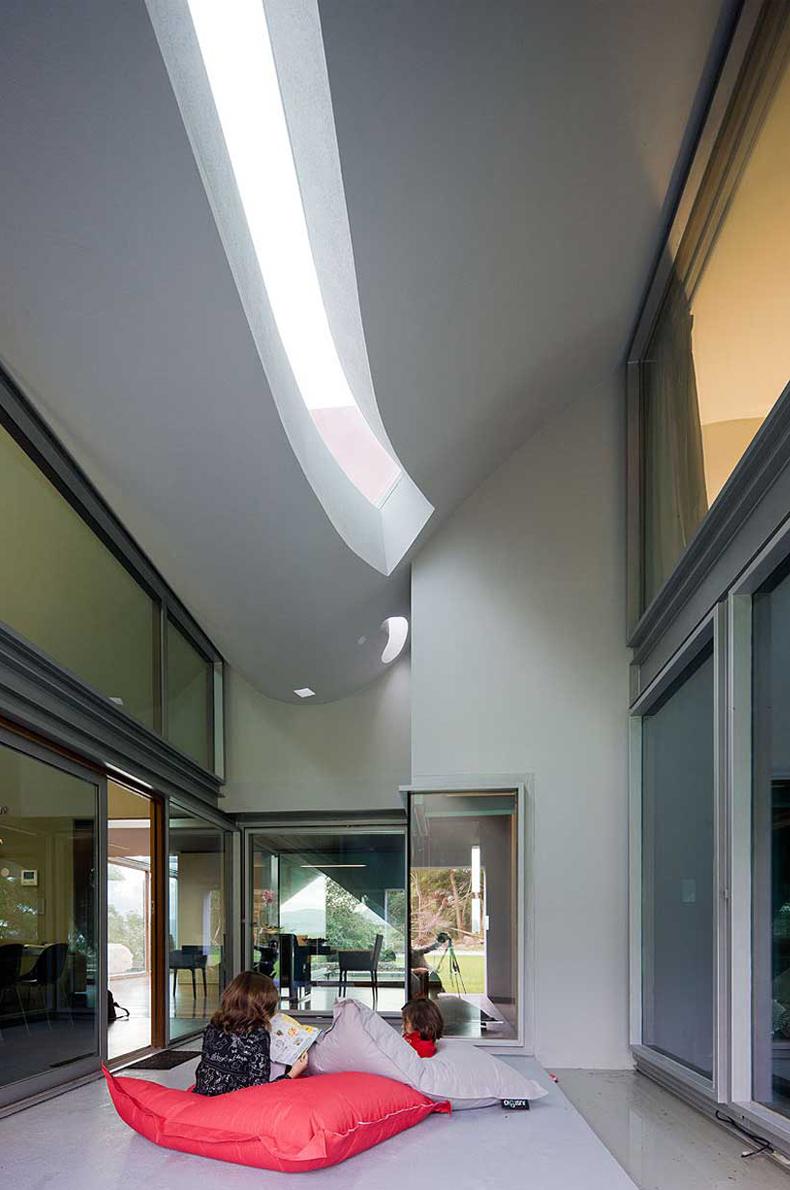 bernardo_rodrigues_arquitecto_house_-flight_of_birds_9