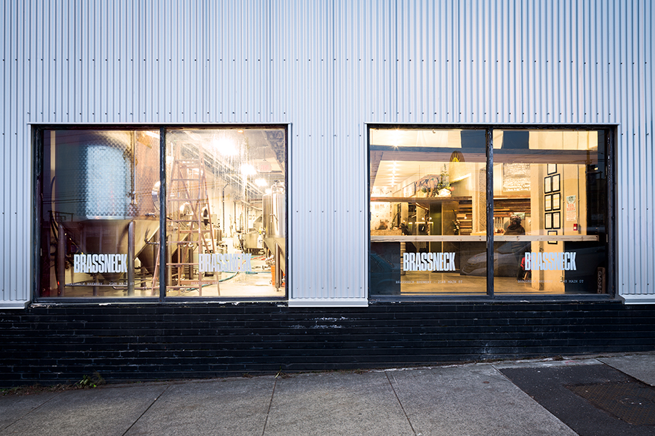 Brassneck Brewery / Post Projects & Sua (32)