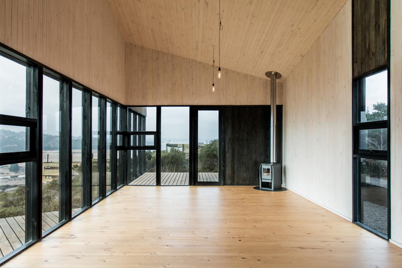 Casa Encallada / WHALE! (4)