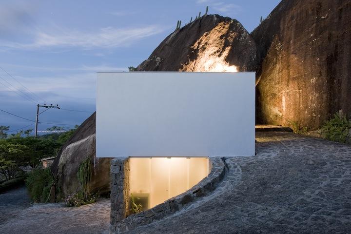 Casa Box / Alan Chu – Cristiano Kato Arquitetos