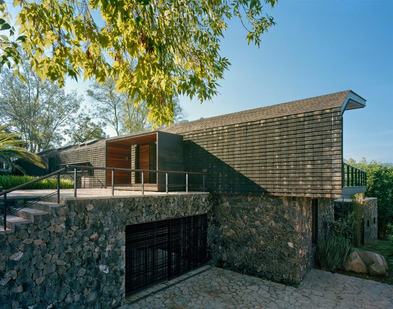 casa_en_el-bosque-5