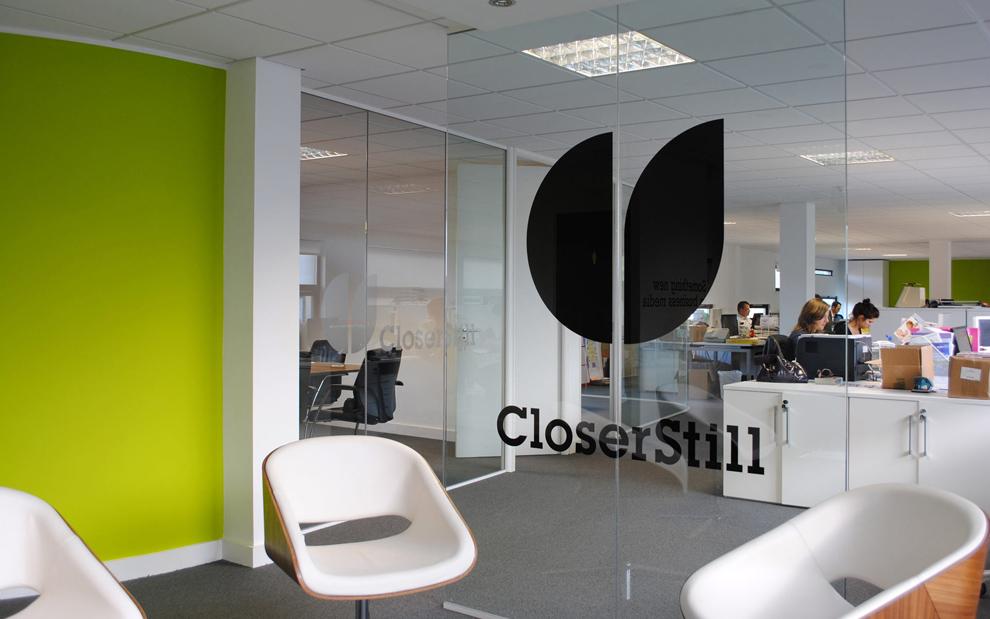 closerstill_identity__sawdust_07.jpg