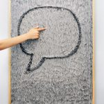 Dedo message board / Gonçalo Campos