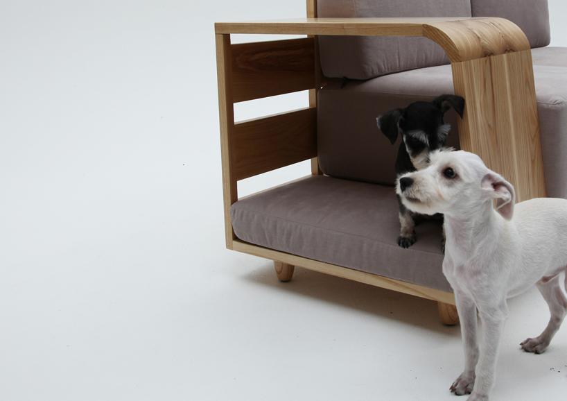 Dog House Sofa / Seungji Mun