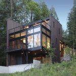 Flowing Lake Residence / David Vandervort Architects