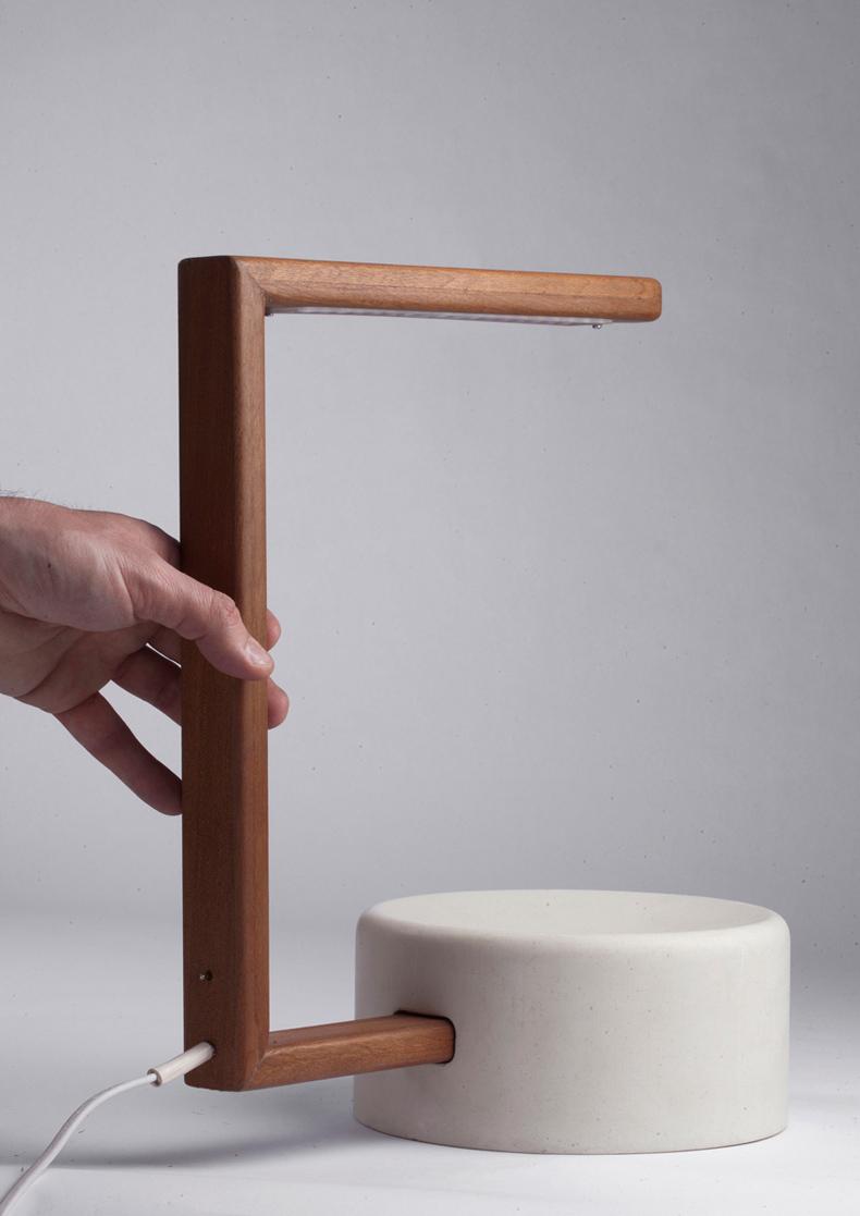 giorgio_bonaguro_easy_table_lamp_8.jpg