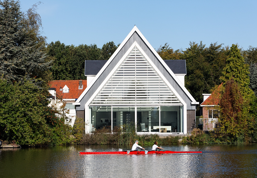 house_in_a_church_by_ruud_visser_architects_7
