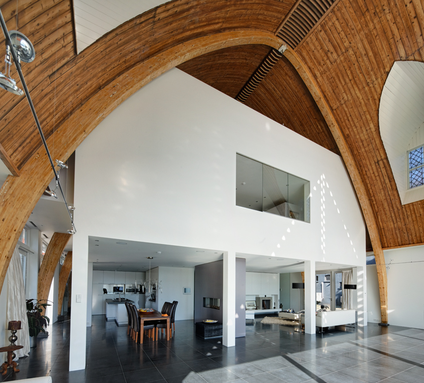 house_in_a_church_by_ruud_visser_architects_10