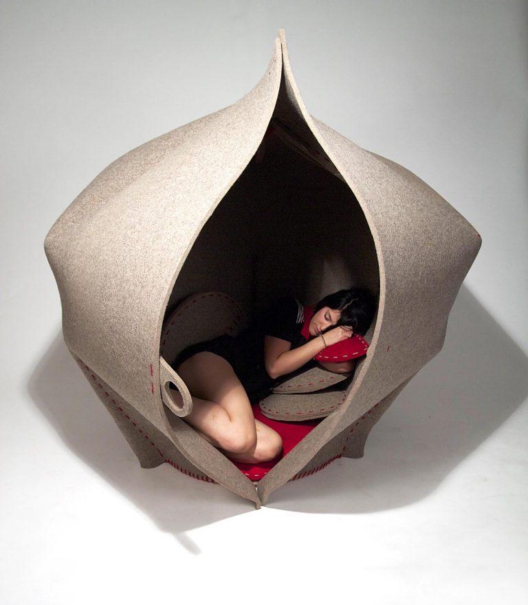 Hush / Freyja Sewell