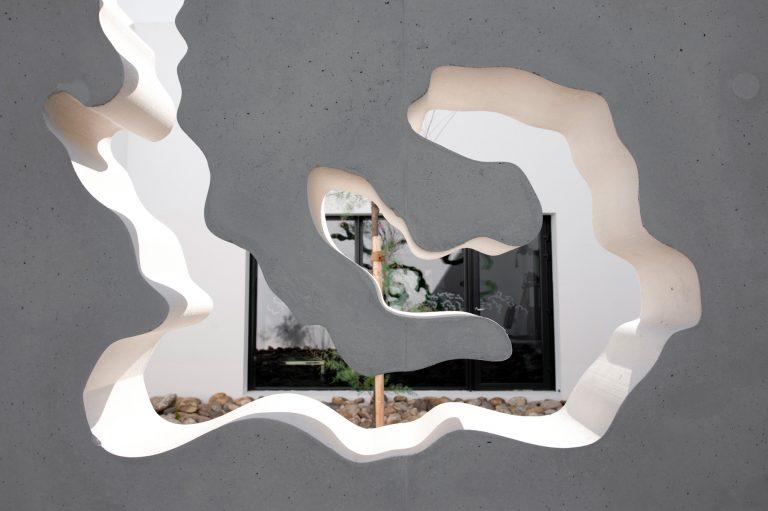 Complexe Sportif à Plan d'Orgon / Christophe Gulizzi Architecte