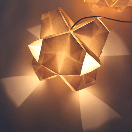 Kusudama light / Anna Garforth