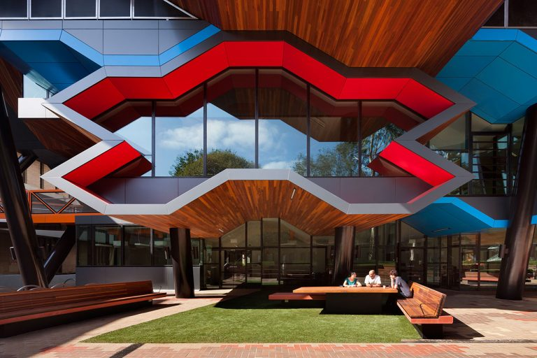 La Trobe University Institute for Molecular Science / Lyons Architects