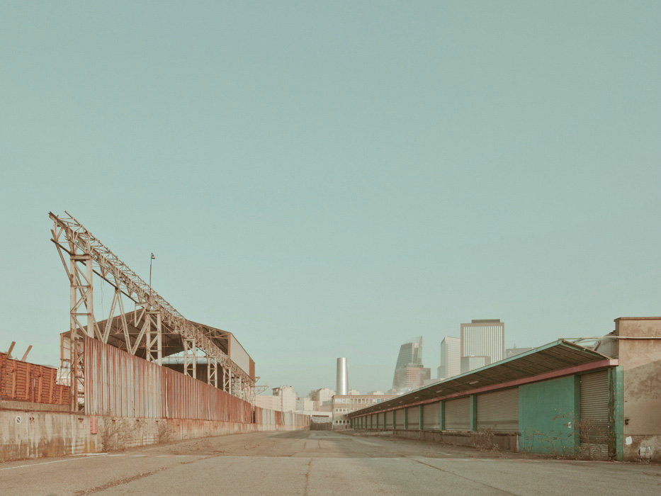 Lost Train / Franck Bohbot