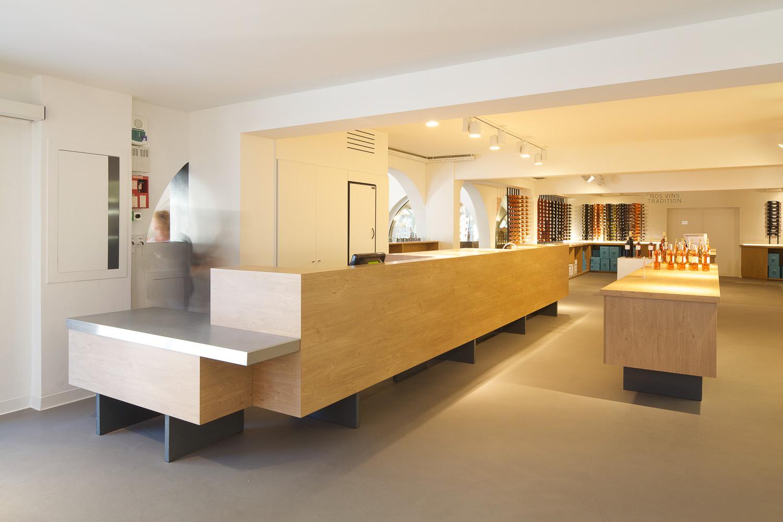 Maitres Vignerons - Saint Tropez / Vincent Coste Architecture (8)