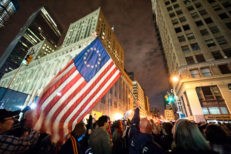 Occupy City / Navid Baraty
